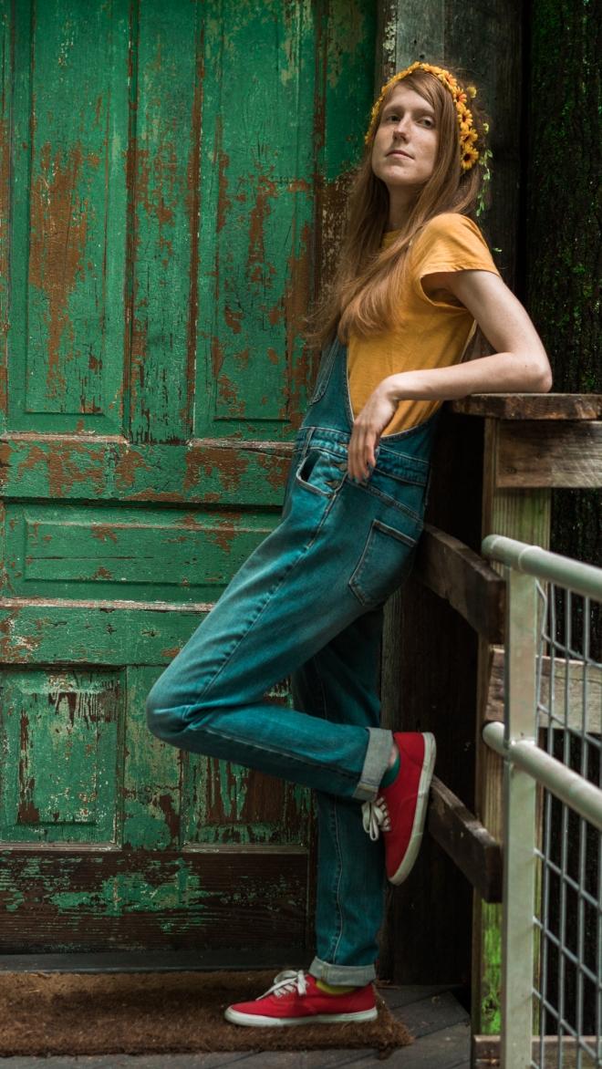 Laura_Mustard_Press_Photo
